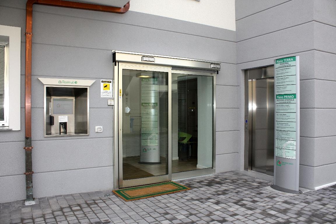 Dottor amedeo scelsa casa della salute cervia medicina for Casa tradizionale cinese